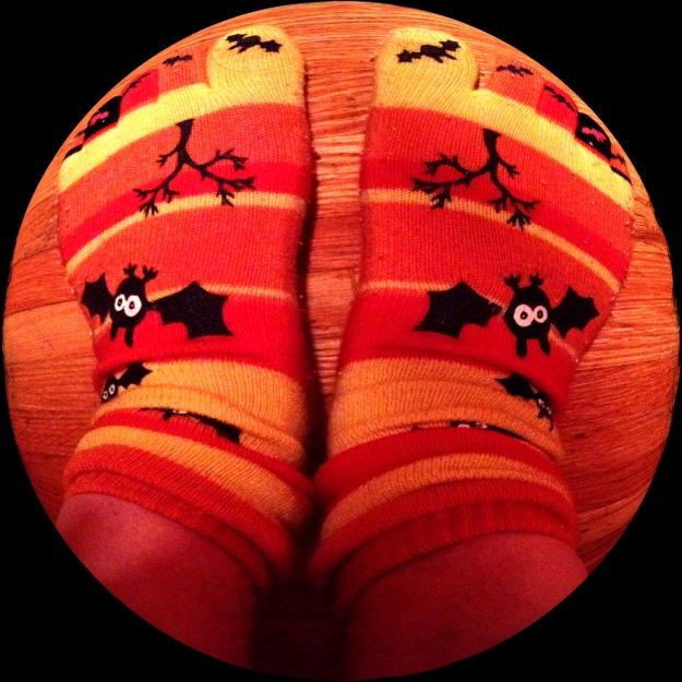 halloween_feet